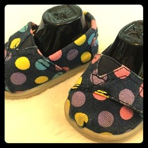 Tiny Toms Blue Polka Dot Baby Shoes Size T2